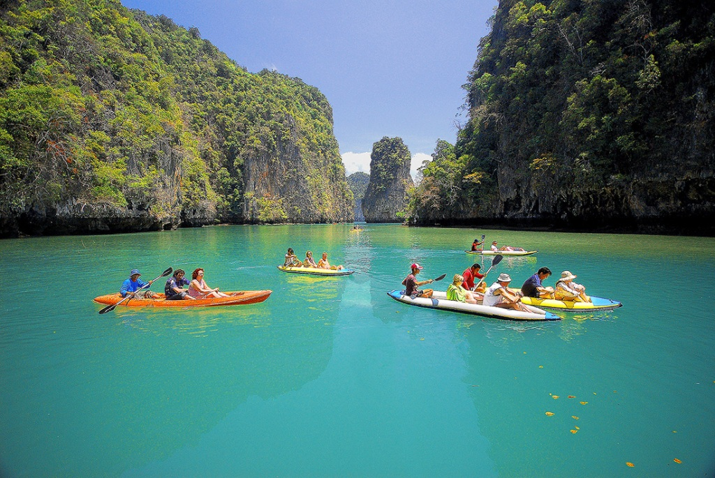 Thailand - Bangkok + Pattaya + Phuket - 6 Nights with Internal Flight !